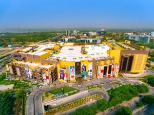 Gic, DLF GIC, Mall Of India, Dlf, Country's Largest Mall, India's Largest real estate developer, SHOPPING MALL, GURUGRAM, RETAIL, DOWN TOWN, CYBER PARK, DCCDL, Retail sector in India, Real Estate in India